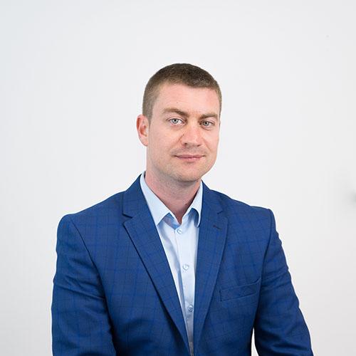 Ангел Узунов